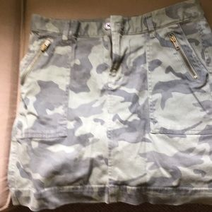 Old Navy camo skirt